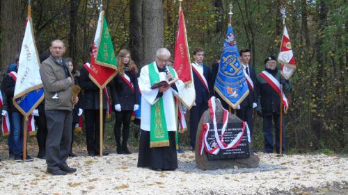 uroczysto odsonicia obelisku w lesie turskim 4 20161110 1590669314